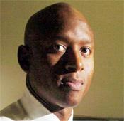 Derwin Longmire, an Oakland Police Department detective. (Sean Connelley, Oakland Tribune)