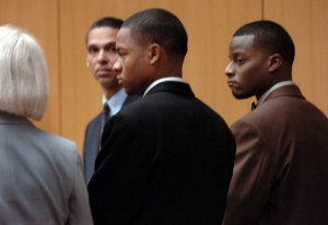 Yusuf Bey IV, center, and Kahlil Raheem, right, in courtroom appearance Jan. 12, 2006 (Dan Rosenstrauch/Contra Costa Times)
