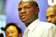 Oakland homicide chief Lt. Ersie Joyner III